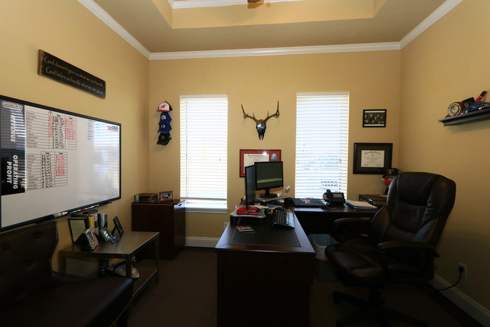 http://westmarkcommercial.s3.amazonaws.com/production/photos/images/11752/original/IMG_8163.JPG?1506360377